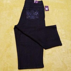 NEW Gloria Vanderbilt Embellished Slimmer Crops